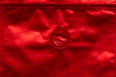 Красный Дой-пак с клапаном, замок Zip-Lock, кофейный 250 гр. (140*240 мм.) - 2
